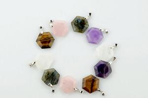 Um vendedor quente na Europa e nos Estados Unidos pedra natural hexágono de cristal colar de estrela de seis obsidiana pingente N098 estilo hot criativo