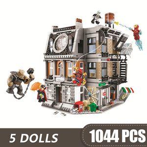1044PCS pequeñas bloquea los juguetes compatibles con Legoe Vengadores Sanctum Sanctorum enfrentamiento Marvel Super Heroes de regalos para los niños chicos
