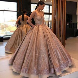 2020 Arabe Robes de bal en or rose robe de bal Quinceanera bretelles spaghetti volants dos nu doux 16 robes pour les filles Paillettes Party Robes