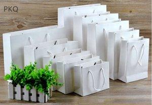 Handle Gift Paper 20pcs bianco Cartone multifunzionale high-end sacchetto Brown Kraft Paper Bag Gift Box Packaging bagagli 32Size