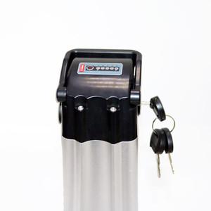 Batteria ricaricabile 36V 18AH bici elettrica 36V 700W agli ioni di litio EBike batteria con il caso ha sigillato il trasporto 20A BMS 42V 2A del caricatore libero