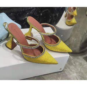 Hot Sale-Совершенные Официальные качества Amina Muaddi Женщины 95мм Джильда Украшенные блестками Мулы Амина Muaddi Кристалл Высокий каблук Сексуальная обувь Сандалии