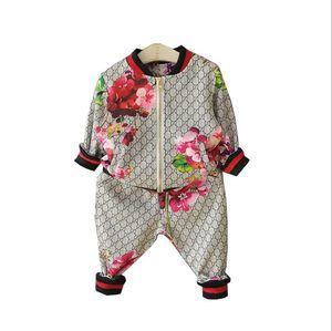 Venda quente da marca Tag rotular Crianças Desporto Vestuário Define Bebés Meninos Meninas Jacket Pants crianças Marca camisola Calças Roupa