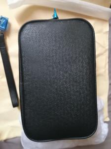 2019 en cuir noir style hommes d'affaires kasai sacs à main mens wristlet bag Venez avec sac à poussière de marque et livret carte numéro de série