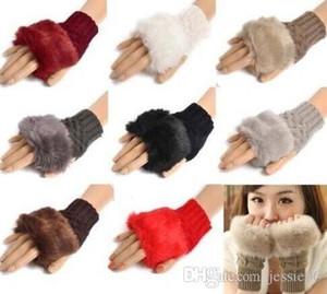 Ragazza delle donne lavorato a maglia Faux dei guanti della pelliccia del coniglio guanti invernali lunghezza del braccio esterno Warmer Guanti senza dita regali di Natale colorati SME 100pcs