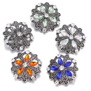 NOOSA Rhinestone Jeweled Retro de plata Hollow Flower Snap Button Jewelry para 18mm Snap Button Pulsera Collar Anillos Joyería
