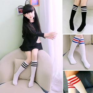 Calcetines para niños Rodilla Fútbol rayas de algodón de alta calidad Deportes White School calentador de la pierna del calcetín para las muchachas historieta de la impresión vestido