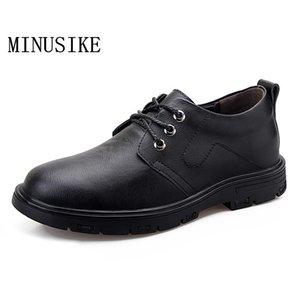 Zapatos casuales de cuero hecho a mano de los hombres de Nueva Aumentar dentro de los hombres de los holgazanes británica Spring Fashion zapatillas de deporte zapatos de negocio