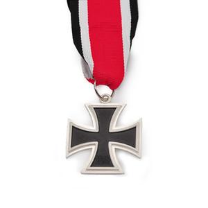 1813-1939 Allemagne Croix Médaille Chêne Chevalier militaire Feuille Swords Croix de fer Epingle avec des rubans rouges