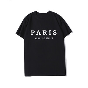 20SS Mens Tasarımcısı Tişörtlü Moda Paris Erkekler Kadınlar Çiftler Günlük Tişörtlü Siyah Beyaz Stilist Gömlek Boyut S-XXL