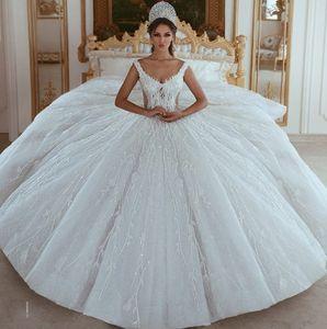 Apliques de lentejuelas con cuentas de lujo Vestidos de novia del vestido de bola 2019 Impresionantes hombros descubiertos Vestidos de novia árabes de Dubai