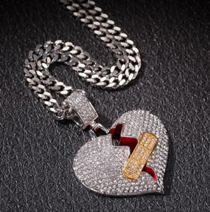 Hommes Hip Hop Glacé Bandage Broken Heart Pendentif Colliers Bling Cristal Strass Amour Charm Or Argent Twisted chaîne pour les bijoux femmes