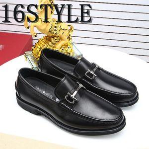 19SS Brogue Shoes Men Formal Coiffeur Wedding Shoes Men Elegant Italian luxurious Gold Party Shoes For Men Tassel Sepatu Slip On Pria US6-11