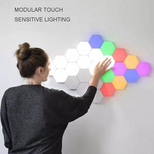 Colorful Quantum lampada Led esagonale lampade modulari Sensitive Touch Night Light magnetico esagoni creativo decorazione parete Lampara