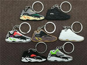 Belababy bonito Mini Silicone Bota 700 Shoes Keychain Chaveiro Basketball Sneaker Acessórios Chaveiro Para Mulher Homens Crianças
