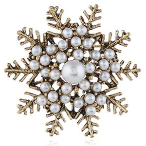 Accessori per abbigliamento da donna retrò neve Perla spilla di cristallo spilla fiore squisito pin