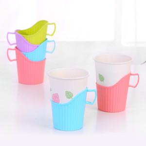 Disposable Paper Cup Holder Plastic Beber Plástico copo de papel Levante térmica Titular Caneca isolamento de papel cor aleatória Enviar
