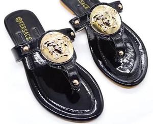 Hot sandálias vermelhas Marca de Moda Famosa Thong Flip Flops Mulheres verão sapatos de Praia sandálias de couro