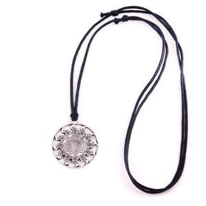 HL0096 usine Collier nouvelle mode viking de conception de vente directe Vintage collier amulette nordic forme ronde bijoux religieux européenne
