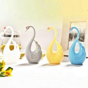 Yeni 4 Renkler Nolvety Hediye Kuğu Kaşık Çay Süzgeç Demlik Kaşığı Filtre Yaratıcı Silikon Çay Süzgeçler Araçları Mutfak Aksesuarları