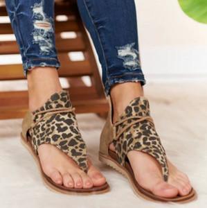 Été 2020 femmes chaussures grande taille été des femmes de léopard antidérapante bascules sandales de plage plat sandale romaine