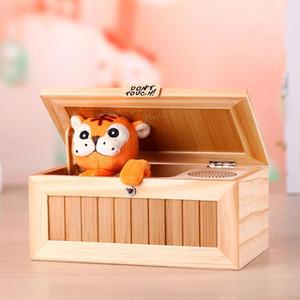 보이 키즈 대화 형 완구 스트레스 감소 감압 음성 장난감 Y200428에 대한 전자 사운드 장난감 나무 쓸모없는 상자 재미 장난감 선물