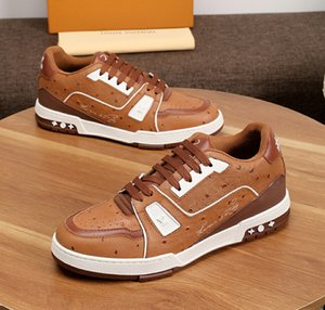 New shoes [Original Box] Fashion Stud Camouflage Sneakers Shoes Footwear Men Flats Luxury Designers Rockrunner Trainers Casual Shoes