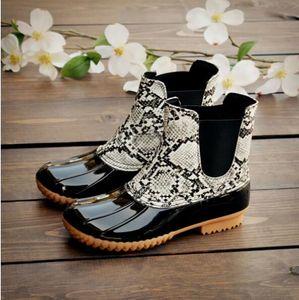 2020 Nova Mulher botas de deslizamento pato Unisex Women Shoes tornozelo pvc Adultos antiderrapante impermeável respirável Casual Dias chuvosos A181 Necessary