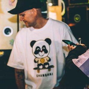 20SS POP UP Panda Skateboard gedruckte Karikatur T-Stück beiläufige feste High Street mit kurzen Ärmeln Mode Männer Frauen-Sommer-T-Shirt HFYMTX754