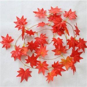 Plastik Çiçekler Ivy Asma Dekoratif Çiçek Kırmızı Maple Leaf Çelenkler Saf El İşçiliği Duvar Boru Asma Tavan Çiçekçilik 3 1cl Bitkiler