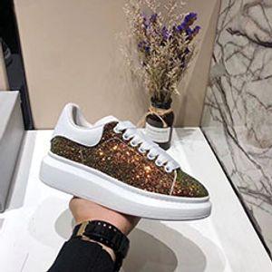 Дизайнер Luxury Платформа Классические Повседневная обувь Мужская Женская Скейтбординг Обувь Кроссовки Glitter Shinny Heelback платье обувь b0532