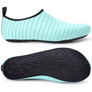Le scarpe da acqua Uomini Nuoto Sport Unisex Sneakers Aqua Mare Scarpe spiaggia Surf pantofole Upstream atletica leggera Calzature Homme
