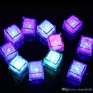 RGB led 큐브 빛 아이스 큐브 조명 플래시 액체 센서 물 잠수할 수 있는 LED 빛을 위한 클럽 웨딩 파티 샴페인 타워