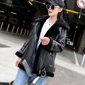 여성 모피 가짜 겨울 여성 럭셔리 레알 재킷 따뜻한 모직 라이닝 Shearling 코트 정품 가죽 디자인 남자 친구 모터 바이커 여성 Oppc