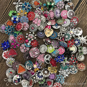 Hot 50pcs lot High quality Mix Many styles 18mm Metal Snap Button Charm Rhinestone Styles Button rivca Snaps Jewelry NOOSA button 4647
