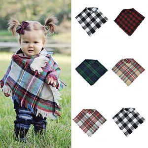 Bebés Meninas Inverno Plaid casaco crianças treliça cachecol xale poncho caxemira Cloaks Exteriores Crianças Coats Jackets Roupa 5 cores C50