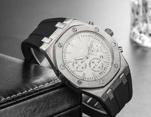 Mejor venta de relojes de lujo para hombre esqueleto tallado del marco Línea Relojes militar, silicona correa de acero mesa superior del cuarzo de ocio