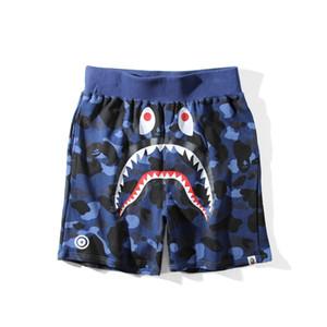 APE акула шорты сложных полиэфиров Япония Мужчины акула Челюсти шорты КамоBape Печать цвета штаны мужчины досуг брюки белый для Летнего купания