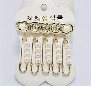 Zarif Kadınlar İnci Püskül kolye Broş Mektupları dört yapraklı yonca Korsaj Broş iğneler Düğün Takı Aksesuar
