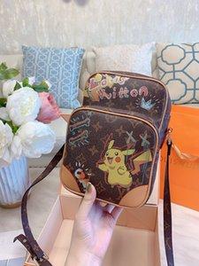 2020 womens designer handbags leather logo designer crossbody bag 17 23cm camera bags stamped inside Designer Bag
