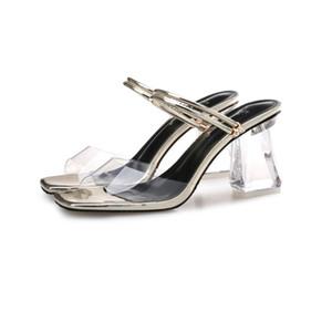 Sandalia Feminina De Luxe En Métal À Talons Hauts Cristal Designer Chaussures Femme PVC PVC Sandales Gladiateur Cadenas Bejeweled Sangle De La Cheville Strass Sandales
