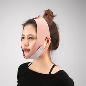 Un bandage pour le visage et la ligne du menton réduit le double menton de la ligne V du menton
