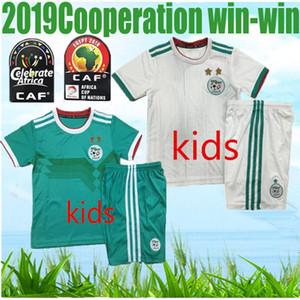 2 yıldız 2019 KIDS Cezayir beyaz FOTOĞRAF JERSEYS 19 20 algerie ev AFCON MAHREZ BRAHIMI BOUNEDJAH BOUAZZA 2020 algerie siyah polo futbol sh