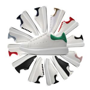 2020 alexander mcqueens mc queen mqueen homens de veludo preto mulheres Chaussures plana bonito plataforma Casual Sneakers designers de Luxo Sapatos de couro Cores sólidas Sapato