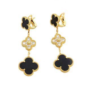 Hochwertige Version Ohrringe Frauen Art und Weise 3 Blume Ohrringe Mikro Diamant-Designer Ohrringe Geschenk erste Wahl