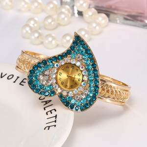 Explosion Models Heart-Shaped Diamond Ladies Bracelet Watch Korean Version of Womens Fashion Watch Quartz Bracelet Watch Diamond Jewelry Wat