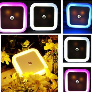 1PC Otomatik LED İndüksiyon Sensör Kontrol Ana Night Lights Lamba ABD Plug AB Tak