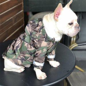INS Stil Baskılı Pet Trençkotlar Moda Kamuflaj Desen Evcil Coats Açık Suya Bulldog Klasik Yağmurluk Giyim