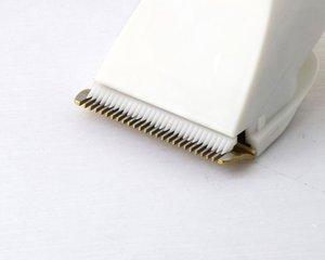 Kemei 1817 Профессиональный триммер аккумуляторная машинка для стрижки волос Регулируемая профессиональная аккумуляторная машинка для стрижки волос Cutter 40D casecustom OVDUG