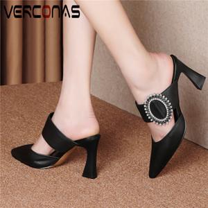 VERCONAS женщины мулы стразы жемчужные тапочки натуральная кожа лаконичный Острый носок толстый каблук сандалии на высоком каблуке Обувь женщина